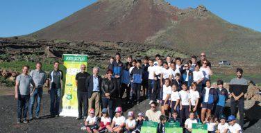 El alumnado del proyecto 'Ponte Las Pilas' del Cabildo de Lanzarote y la Fundación Ecopilas participa en un proyecto de recuperación agroambiental y paisajística en La Finca Los Lajares de Haría