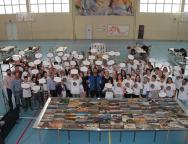 Lanzarote consigue el reto de ensamblar el puzzle más grande del mundo realizado con piezas de madera