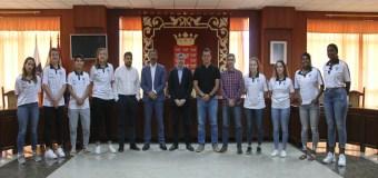El equipo de Liga Femenina 2 del Magec Tías es recibido por Fernando Clavijo