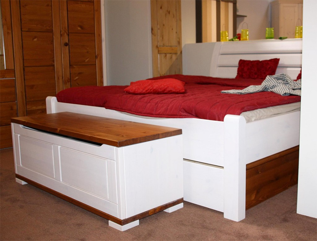 Schlafzimmer Kiefer Massiv Honigfarben Schlafzimmer