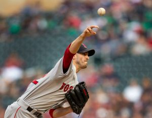 Boston Red Sox should re-sign leader Rick Porcello, but qualifying offer seems more likely I Christopher Smith