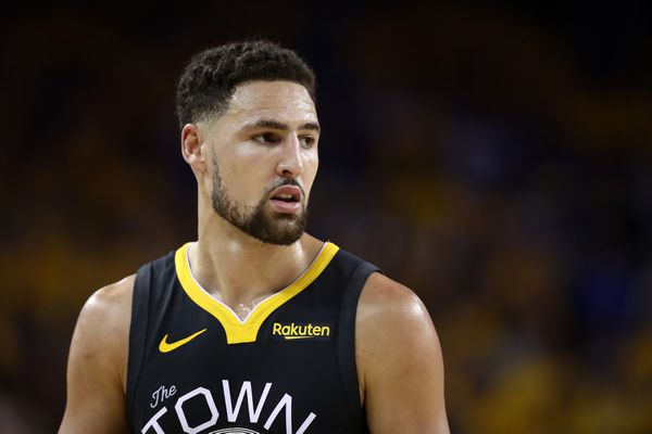 Klay Thompson Free Agency Thompsons Father Says No Question Klay Re Signs With Golden State Warriors Report