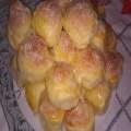 Pãezinhos de leite condensado e coco ralado