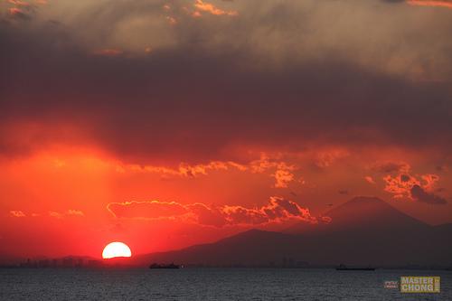 Sigma APO 50-150mm F2.8 II Sunset