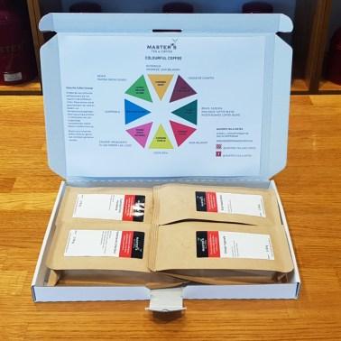 Proefpakket met 4 verschillende smaken koffie en past door de brievenbus!