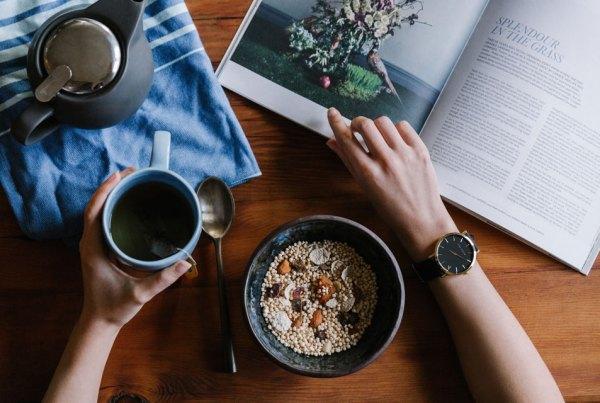 breakfast-grains-tea-magazine-table
