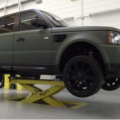 WRAPPING RANGE ROVER