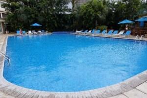 グアテマラ ウェスティンホテルのプール