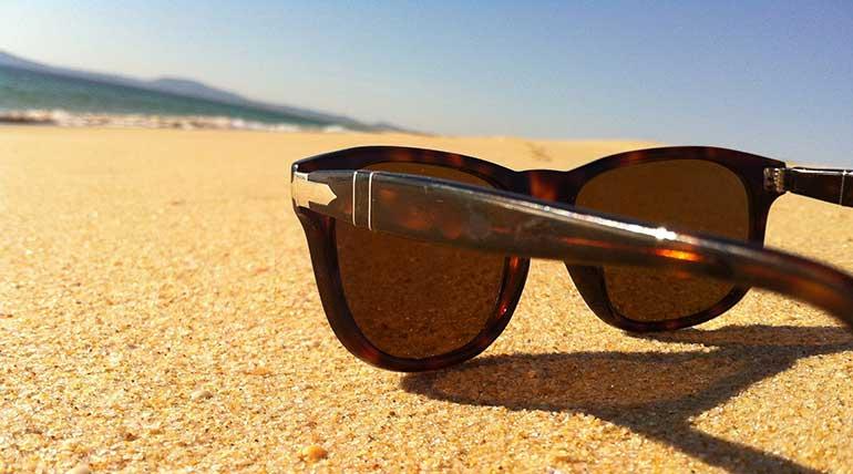 Ψεύτικα γυαλιά ηλίου – Γιατί να αποφύγετε της απομιμήσεις!