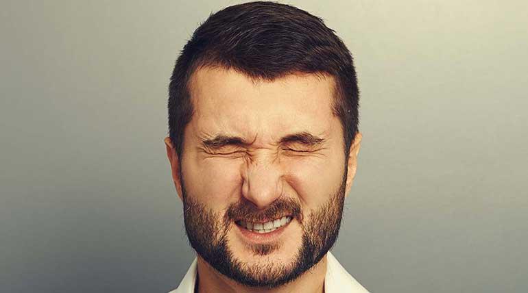 Παίζει το μάτι σας; Βλεφαροσπασμός ή επιστημονικά μυοκυμία.