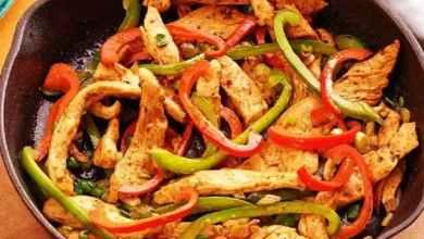 طريقة عمل فاهيتا الدجاج مثل المطاعم