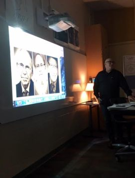 Photographer Dean Whitbeck presents to Collegiate students