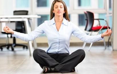 Puede-convertirte-el-yoga-en-un-mejor-profesional