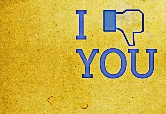 Botão Dislike do Facebook