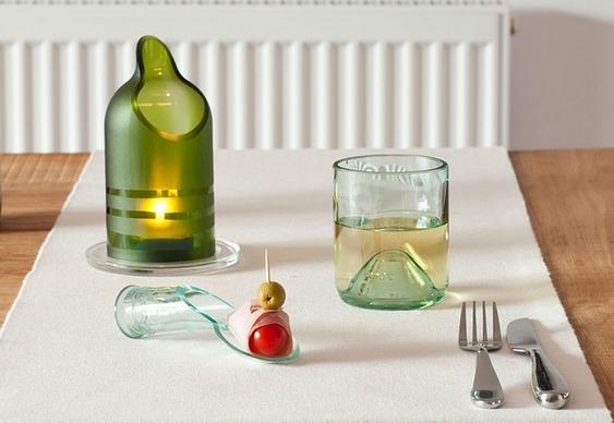 Castiçal, copo e colher de vidro