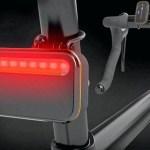 Radar para bicicletas mostra aproximação dos carros pela traseira