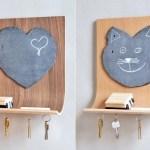 Gatinho e coração enfeitam quadros de avisos com porta-chaves