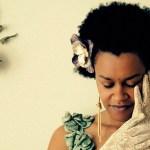 O swing da cantora etíope Meklit Hadero em Leaving Soon