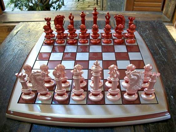 Xadrez com design contemporâneo