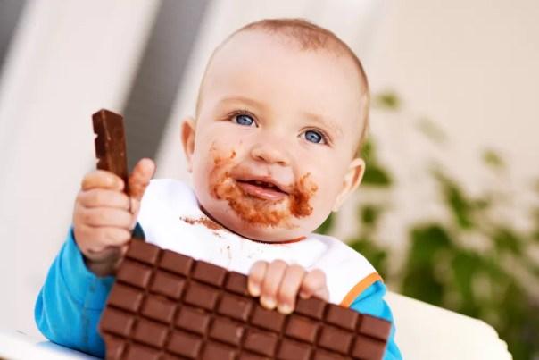Existe hora certa para oferecer chocolate para as crianças?