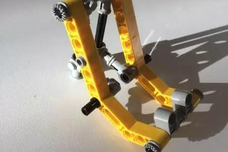 Smartphone-Halter aus Lego (Handyhalter)