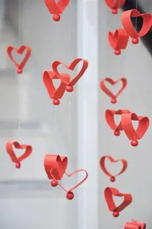 Διαχωριστική κουρτίνα από καρδούλες