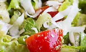 Σαλάτα με πέστο και ζυμαρικά