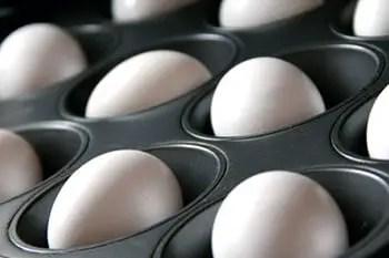 Αυγά σαν βραστά χωρίς να σπάνε ούτε σταλιά
