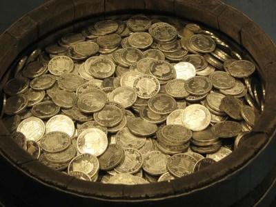 treasure 1567326622 - Φιλαργυρία