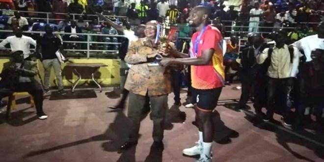 Le VC Espoir remporte son 5ème titre de l'histoire de la Coupe du Congo avec au passage un 3ème d'affilée. Le VC Mwangaza a mordu une fois de plus l'hameçon
