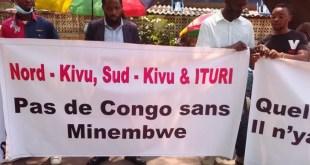 RDC : Les mutualités des ressortissants du Sud-Kivu, Nord-Kivu et Ituri vivant à Kinshasa en sit-in devant la primature