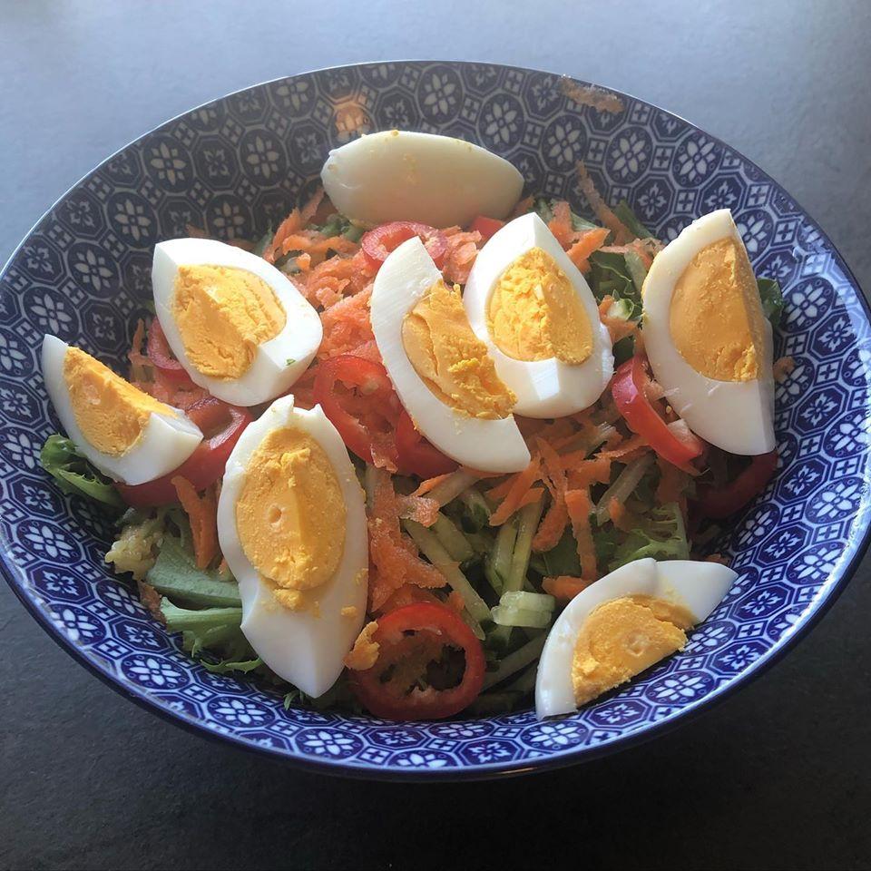 Curryris med egg