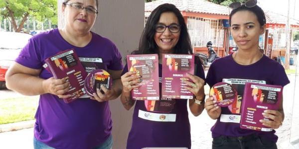 No combate à violência contra a mulher, Conselho dos Direitos da Mulher de Alta Floresta promove panfletagem orientativa 39
