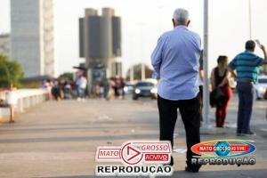 Novo Projeto de lei quer alterar a idade das pessoas idosas no Brasil, baseada no aumento da expectativa de vida 75