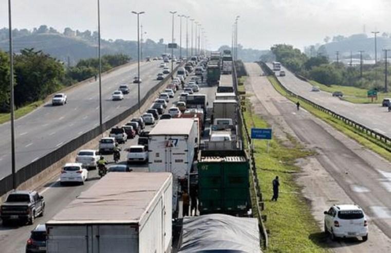 Paralisação dos caminhoneiros ainda não afeta suprimento de combustíveis em Mato Grosso