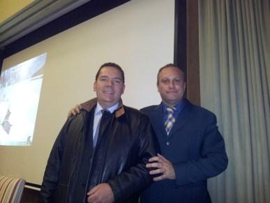 Los profesores Carlos P. Vaquero y Jaime Gutierrez antes de empezar el curso