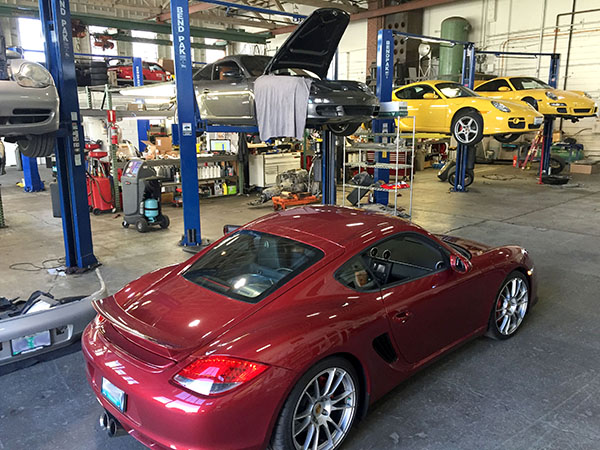 Ex-dealership certified Porsche technician maintaining Porsche Cayman, turbocharged CaymanS, 996 911, 997 911