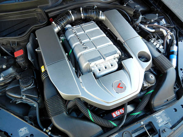 Kleemann supercharger upgrade installed on Mercedes SLK55 AMG V8