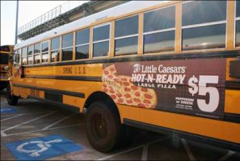 school-bus-advertising