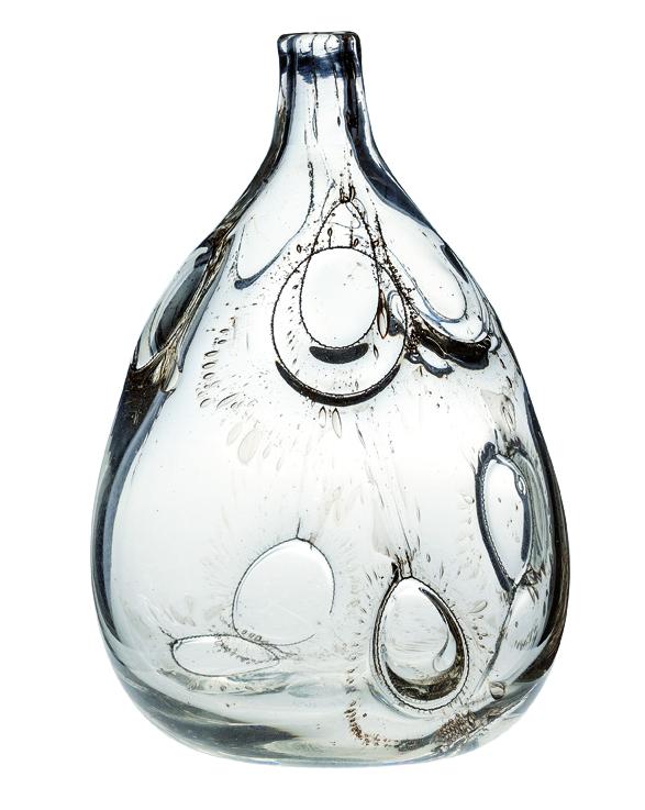 Benny Motzfeldt. Vase. Utført ved PLUS glasshytte. 1979. (Foto: Blomqvist Nettauksjon)