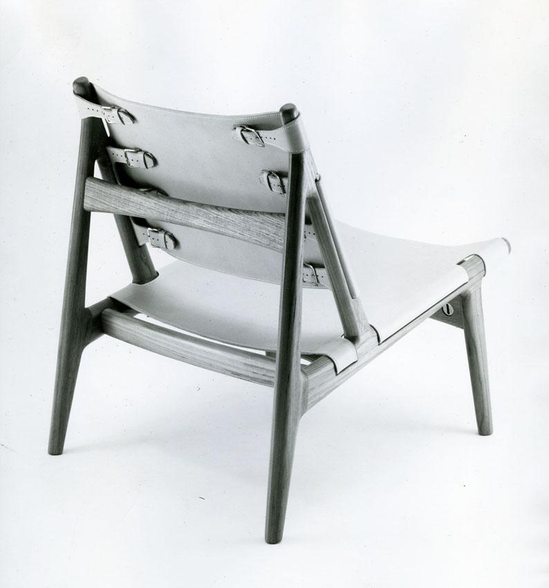 Torbjørn Afdal ved Bruksbo Tegnekontor. Modell: Hunter. Produsert av Haug Snekkeri. 1960.