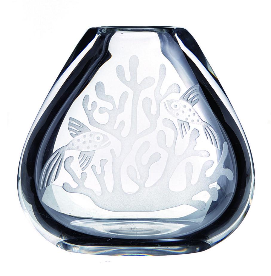 Lars Fletre. Vase. Sandblåst dekor. Utført ved Hadeland Glassverk. (Foto: Blomqvist Nettauksjon)