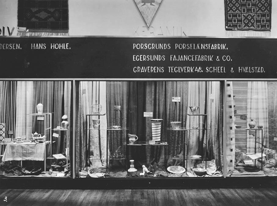 Foreningen Brukskunst utstilling i Kunstnernes Hus 1930.