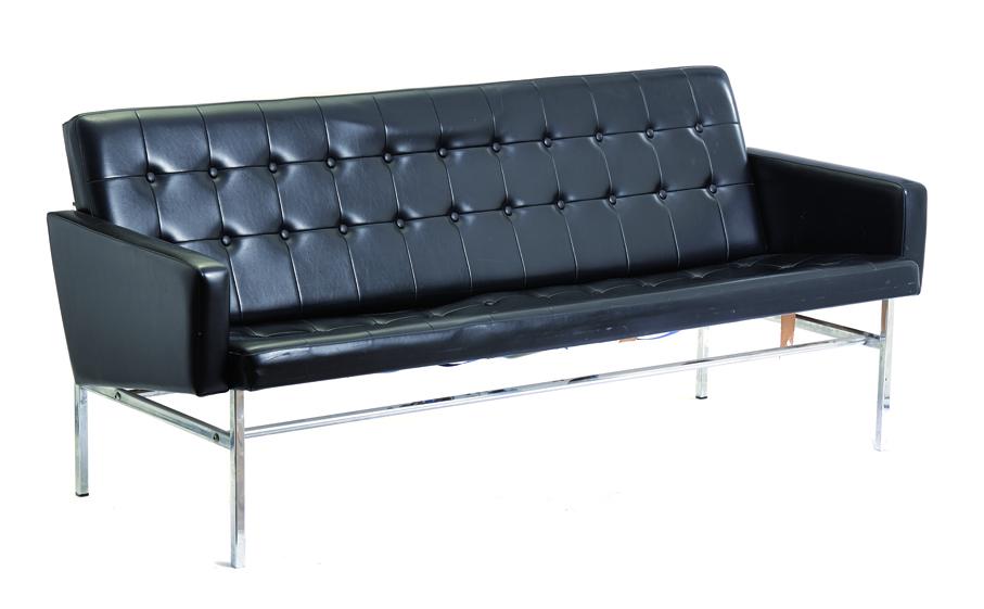 Hans Brattrud. Sofa. Modell: Futura. Produsert av A. Grasaasen´s Fabrikker. Ca. 1960. (Foto: Blomqvist Nettauksjon)