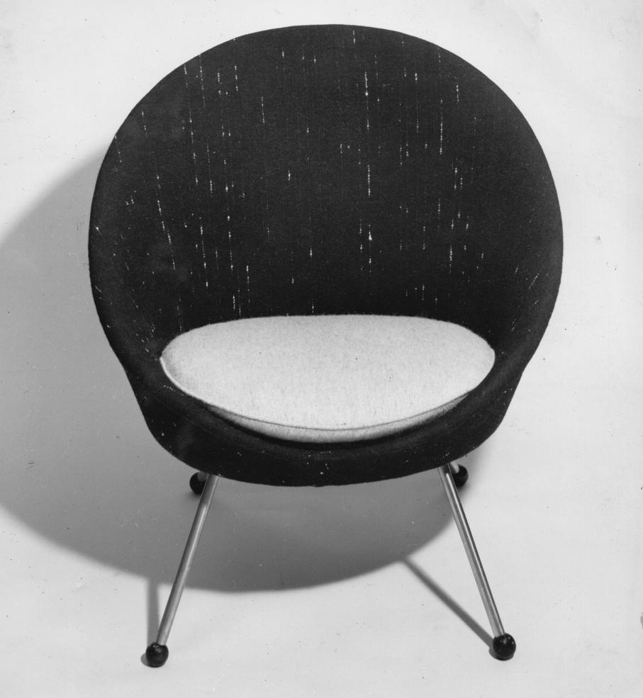 Gerhard Berg. Modell: Florida jr. Produsert av Vatne Lenestolfabrikk. 1955.
