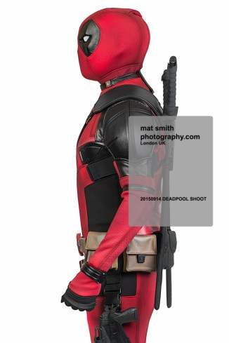 mat-smith-photography-deadpool-photo-shoot-side-profile