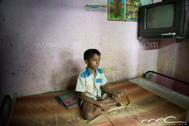 Thoughtful-child-Munbai-India