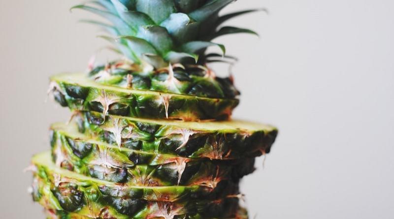 Ananas - proprietà, benefici, valori nutrizionali, calorie, usi