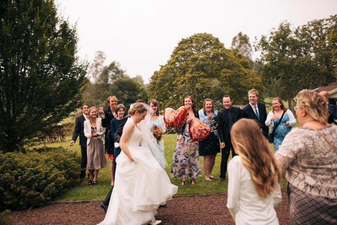 bröllop kinna, två skyttlar