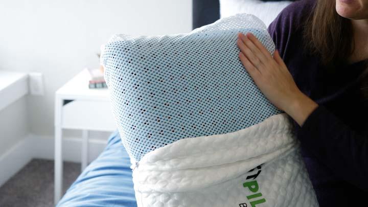 10 best cooling pillows 2021
